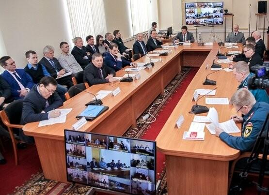 Заседание Комиссии по ЧС и ОПБ - Пресс-служба ГУ МЧС России по РК