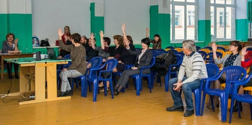 Голосование  жителей поселка Водный, Фото предоставлено пресс-службой АМОГО «Ухта
