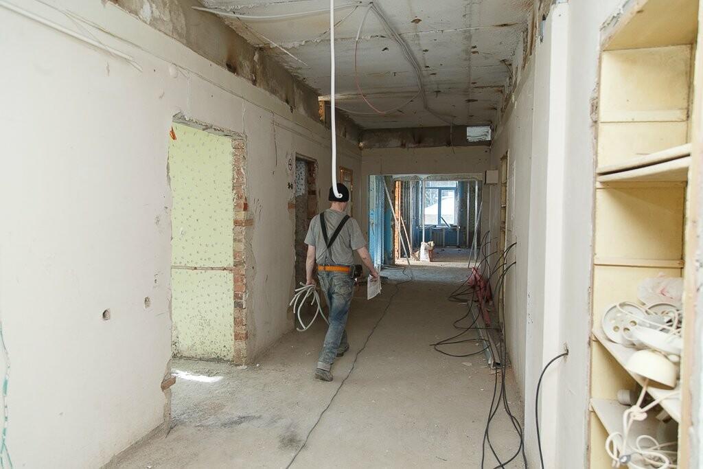 Ознакомление с ходом работ в больнице, Фото предоставлено пресс-службой   Администрации Главы Республики Коми