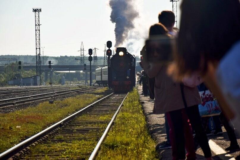 В Ухте совершил остановку ретро-поезд, фото-1, Фото предоставлено пресс-службой администрации МОГО «Ухта»