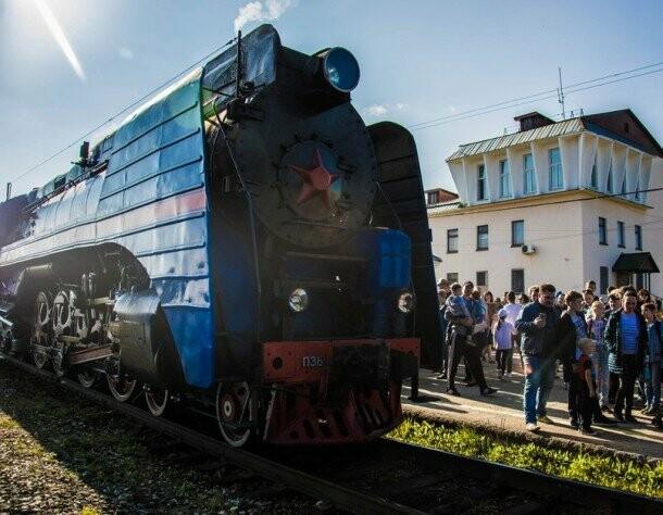 В Ухте совершил остановку ретро-поезд, фото-2, Фото предоставлено пресс-службой администрации МОГО «Ухта»