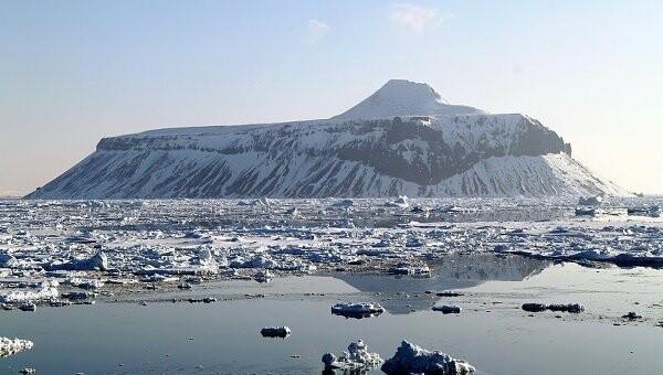 ВАнтарктиде нашли вмерзший вледкорабль пришельцев., фото-1