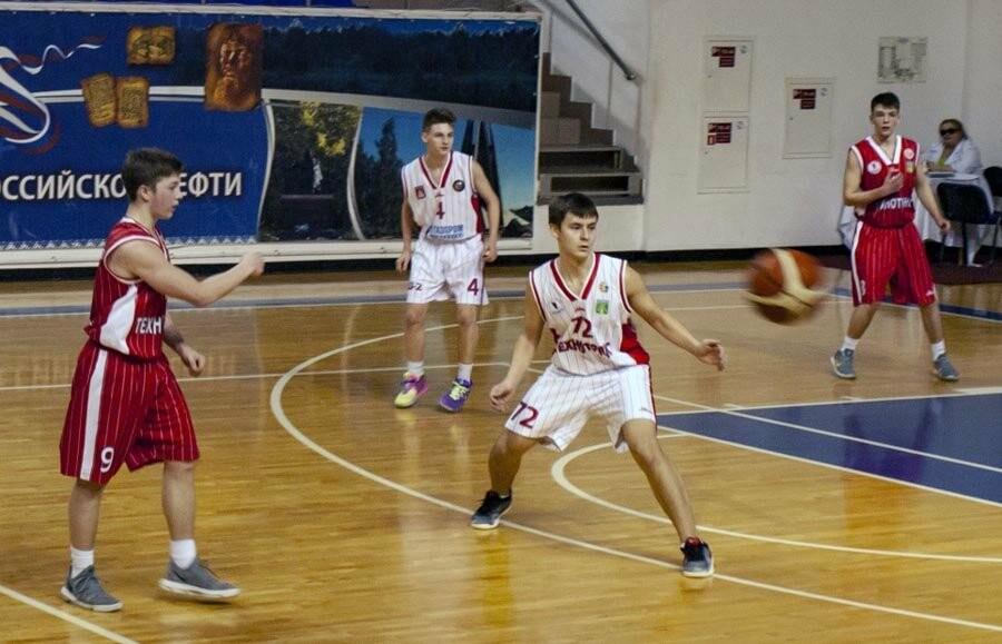 В Ухте завершилось первенство региона по баскетболу, фото-1